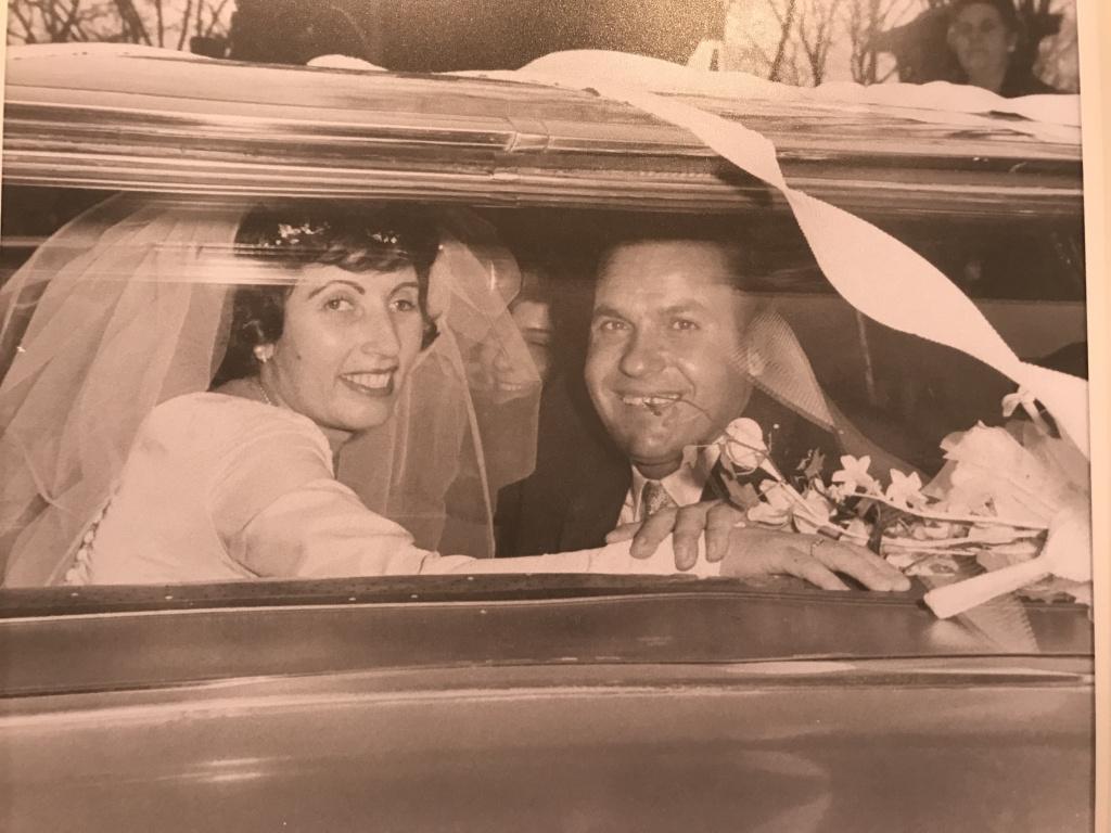 Louis and Toula Leos on their wedding day.