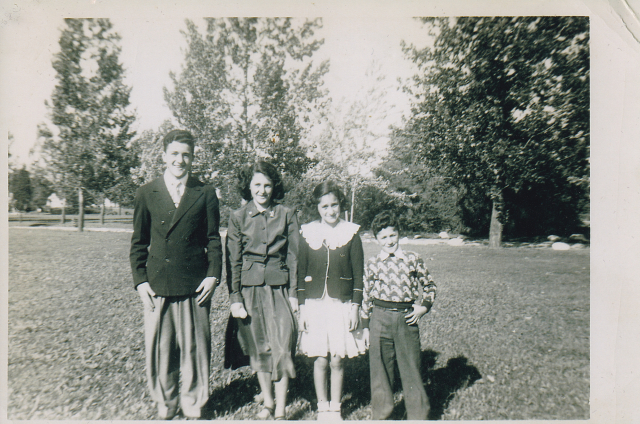 Voula Stathopoulos (second from right) with her siblings.